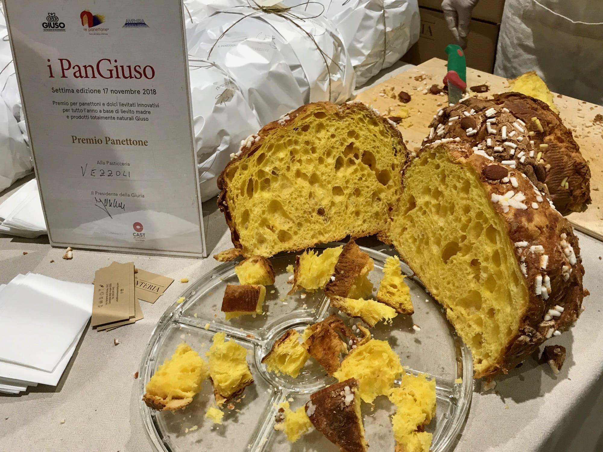 Panettone di Vezzoli, senza canditi e senza uvetta