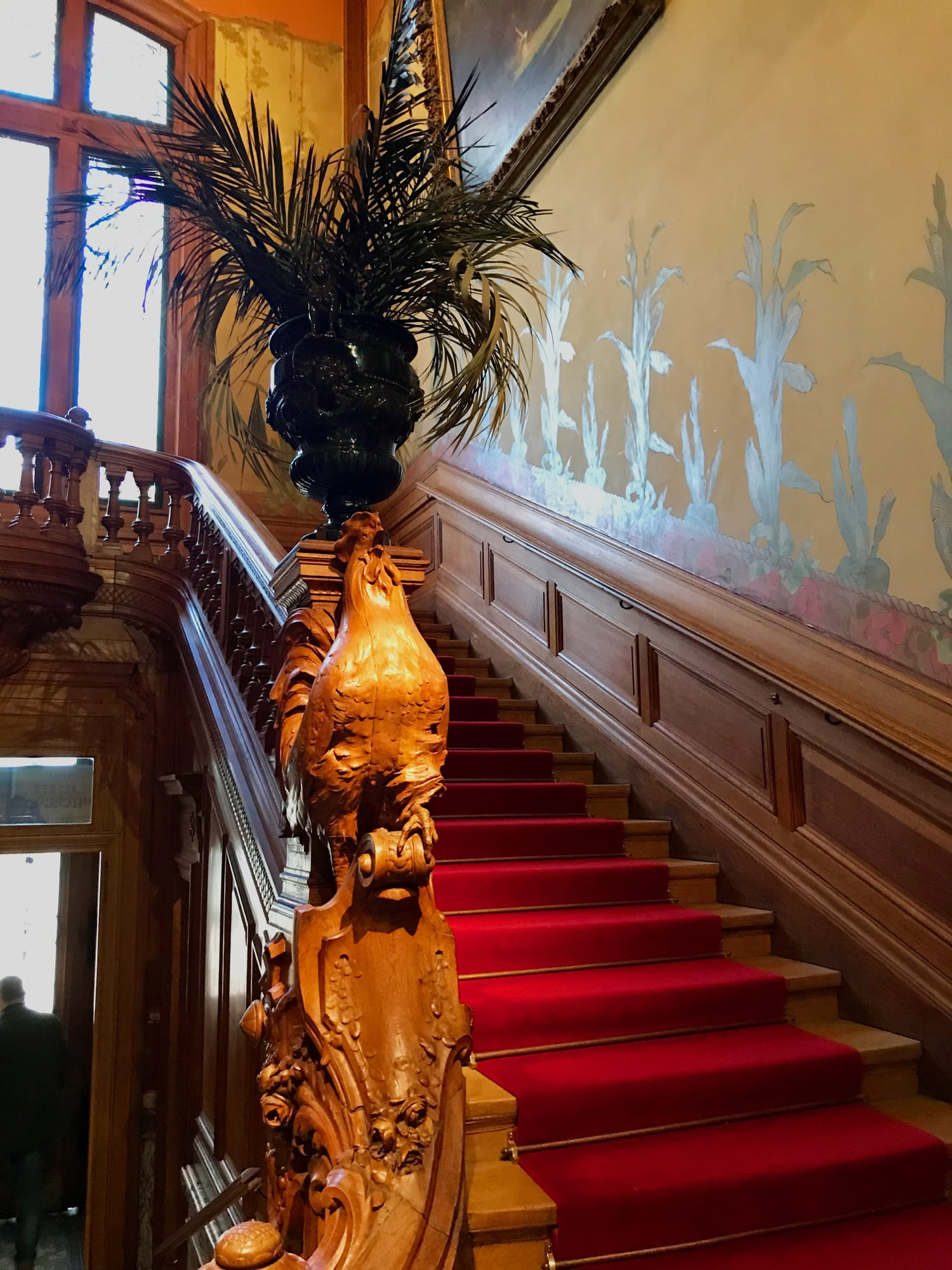 La scalinata della casa Lumière